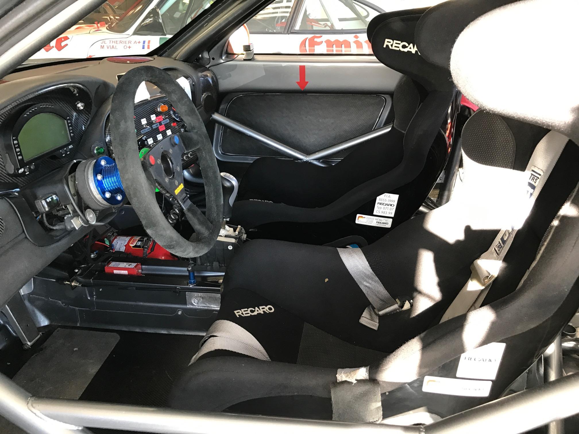 Porsche 996 gt2 r porsche almerasporsche almeras for Porsche 996 interieur